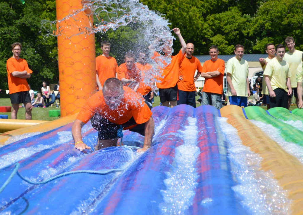 Total Wipeout Team Building