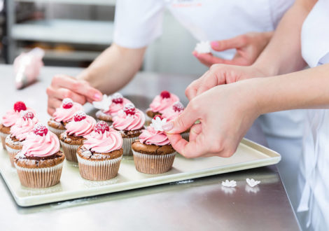 Cupcakes Creation Team Event - Accolade